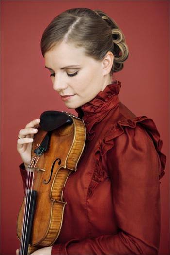 Julia Fischer- by Decca-Felix Broede